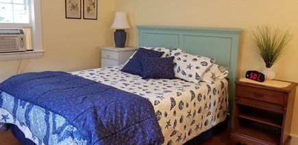 CHATHAM Cape Cod vacation rental - Lighthouse Room, Queen Bed