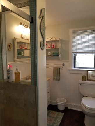 CHATHAM Cape Cod vacation rental - Shared Bathroom