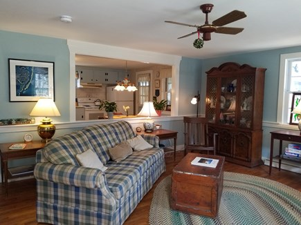 CHATHAM Cape Cod vacation rental - Beautiful bright and sunny living room