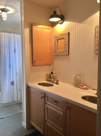 Orleans Cape Cod vacation rental - Upper floor hall bathroom