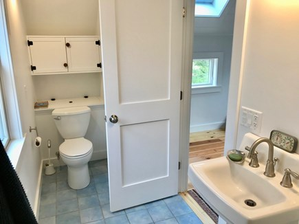 Orleans Cape Cod vacation rental - Bathroom (upstairs)