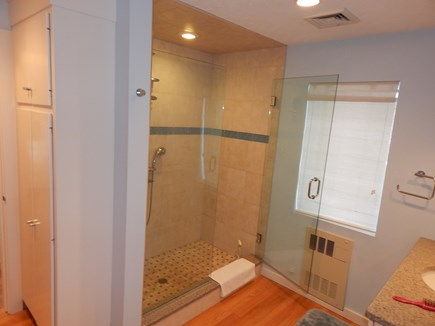 FALMOUTH Cape Cod vacation rental - 3 full baths