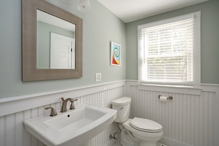 Osterville Osterville vacation rental - Half bath on the first floor