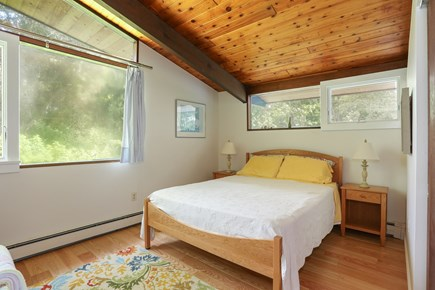 Pocasset, Monument Beach Pocasset vacation rental - The upstairs guest bedroom is comfortable and roomy.
