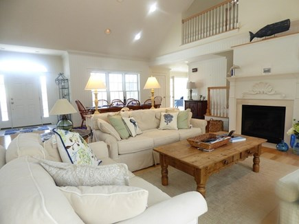 Chatham, .8 to Center Cape Cod vacation rental - Living Area