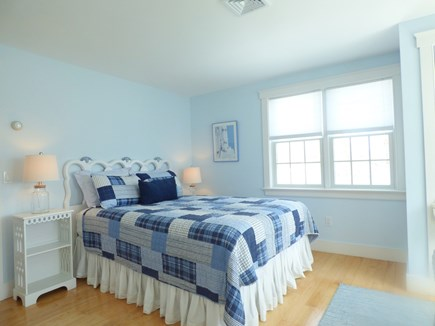 Chatham, .8 to Center Cape Cod vacation rental - 2nd Floor Bedroom with Queen