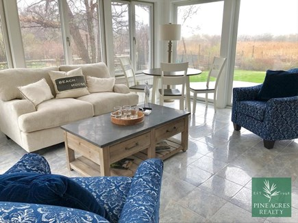 Chatham, .8 to Center Cape Cod vacation rental - Sun Room