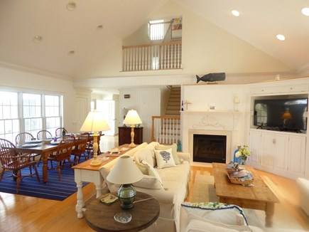 Chatham, .8 to Center Cape Cod vacation rental - Living/Dining Area