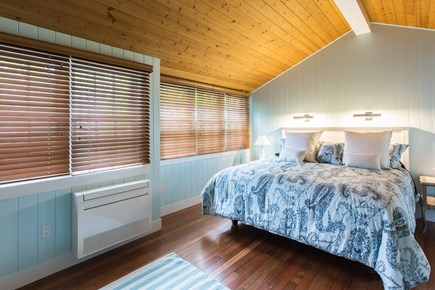 Hyannis Cape Cod vacation rental - Bedroom in Osterville room (guest cottage) with King bed