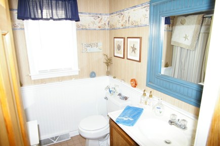North Eastham Cape Cod vacation rental - Bath