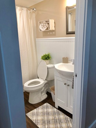 Falmouth Cape Cod vacation rental - Land Side bathroom