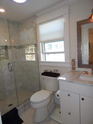 Provincetown Cape Cod vacation rental - 1st Floor ensuite bath
