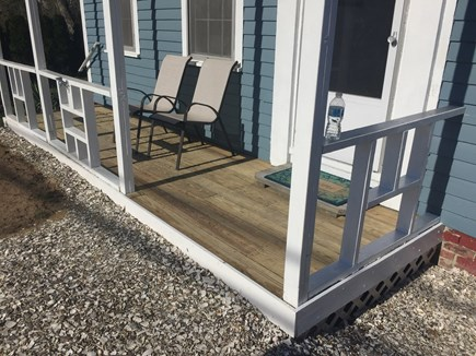 Wellfleet Cape Cod vacation rental - Easy one step entry.