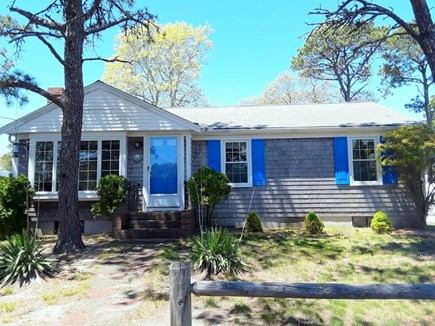 Dennisport Cape Cod vacation rental - Front of home