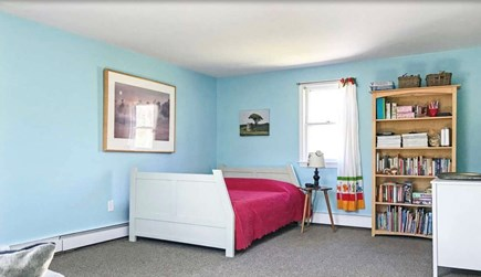 Falmouth, Waquoit Cape Cod vacation rental - Bedroom with full bed and pull out couch - memory foam