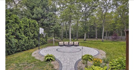 Falmouth, Waquoit Cape Cod vacation rental - Basketball court
