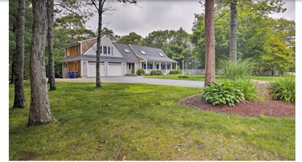 Falmouth, Waquoit Cape Cod vacation rental - View of house from front yard/driveway