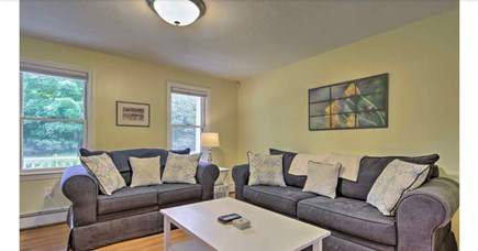 Falmouth, Waquoit Cape Cod vacation rental - Living room