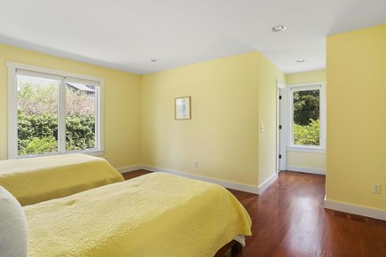 Dennis Cape Cod vacation rental - Bedroom with Full bath and twin beds