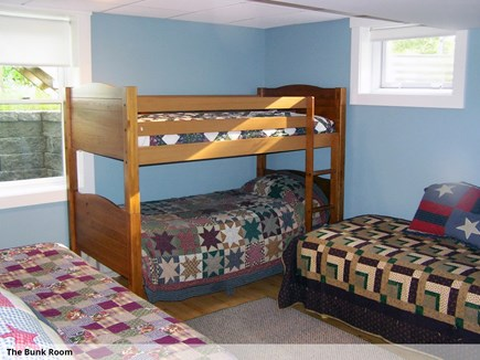 Wellfleet Cape Cod vacation rental - Bunkroom