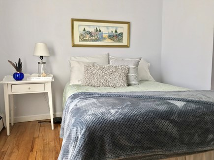 Brewster Cape Cod vacation rental - Full bed with sitting area