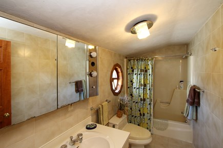 Eastham Cape Cod vacation rental - Bathroom