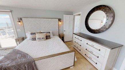 Harwich Cape Cod vacation rental - Down stairs master bed room.