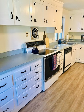 Hyannisport Cape Cod vacation rental - Kitchen
