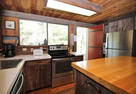 Wellfleet Cape Cod vacation rental - Kitchen with new stainless appliances