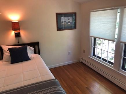 Brewster Cape Cod vacation rental - Twin bed with new Casper mattress