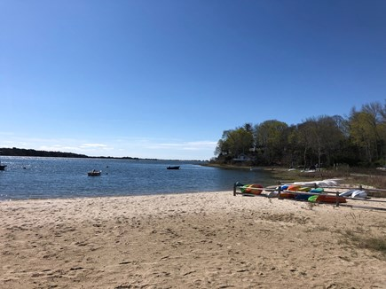 Cotuit Cotuit vacation rental - Ropes Beach  Photo 3/10 Mile From the House