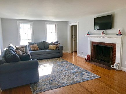 Cotuit Cotuit vacation rental - Living Room - Tall ceilings, wide open spaces
