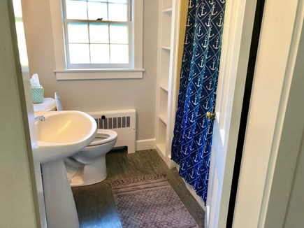 Cotuit Cotuit vacation rental - Upstairs Bathroom - Shower and tub available