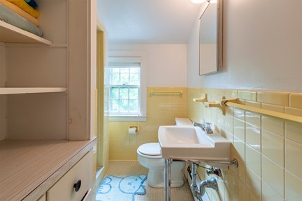 Chatham Cape Cod vacation rental - Full Bath with Shower