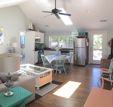 Harwich Port Cape Cod vacation rental - Kitchen family room