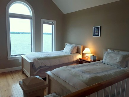 Centerville Centerville vacation rental - Third bedroom with twins