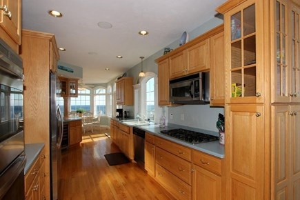 Sagamore Beach Sagamore Beach vacation rental - Kitchen Area, Gas Cooktop.