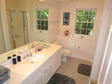 Yarmouth Cape Cod vacation rental - Another beautiful full bath.