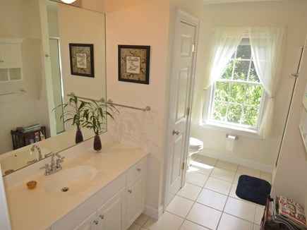 Yarmouth Cape Cod vacation rental - And yet another stunning full bath.
