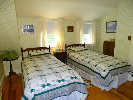 Hyannis Cape Cod vacation rental - Upstairs second twin bedroom