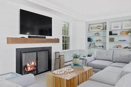 Chatham Cape Cod vacation rental - A large cozy living room with flat screen TV.
