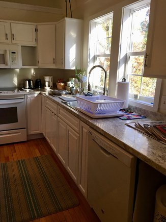 Brewster Cape Cod vacation rental - Kitchen with dishwasher, full oven, & full-size refrigerator