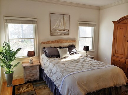 Mashpee, New Seabury area Cape Cod vacation rental - 1st floor bedroom with a queen bed
