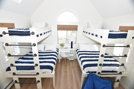 Harwich Port Cape Cod vacation rental - The perfect kids room w/ new built in bunk beds (twin over full)