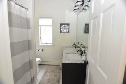 Harwich Port Cape Cod vacation rental - Updated upstairs bath w/tub/ shower & marble top double vanity