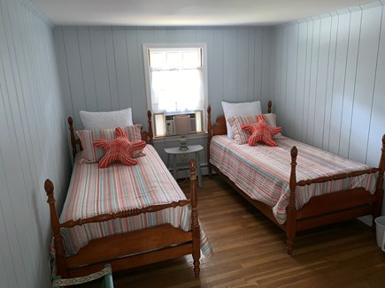 Barnstable, Hyannis Cape Cod vacation rental - Adorable twin bedroom