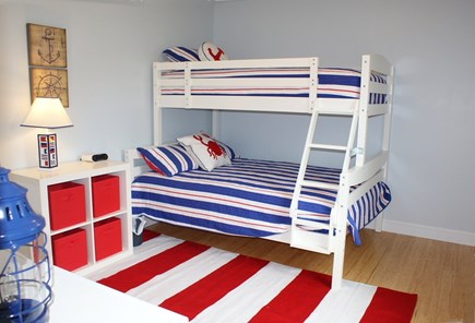 East Sandwich Cape Cod vacation rental - Bunk Bed w/ full bed on bottom