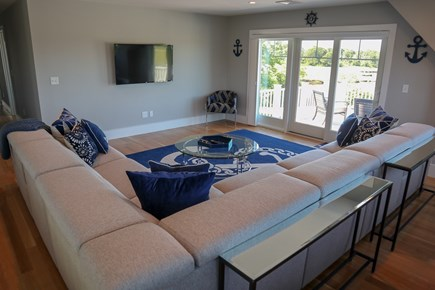 Brewster Cape Cod vacation rental - Plenty of TV lounge seating