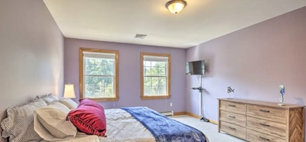 Onset MA vacation rental - Master Bedroom with TV, walk-in-closet, and Jacuzzi Bath/shower.