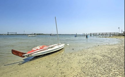 Onset MA vacation rental - 3 min walk to Local beach with gorgeous view of Buzzard's Bay.